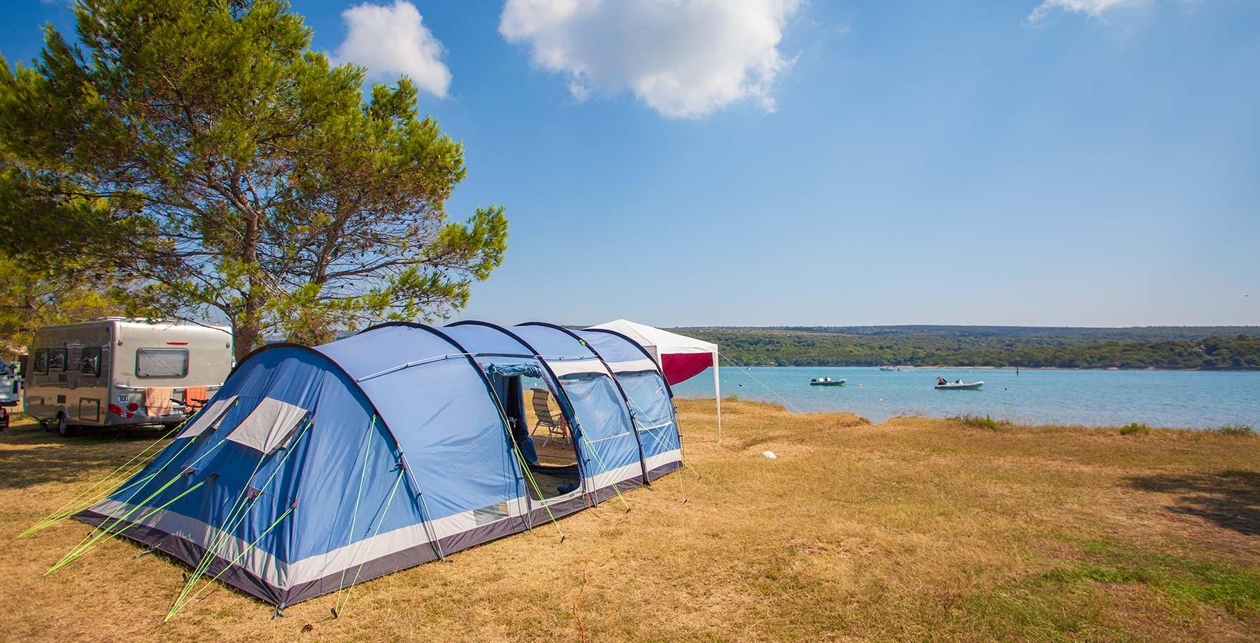 5 razlogov, zakaj je kampiranje jeseni še boljše kot poleti