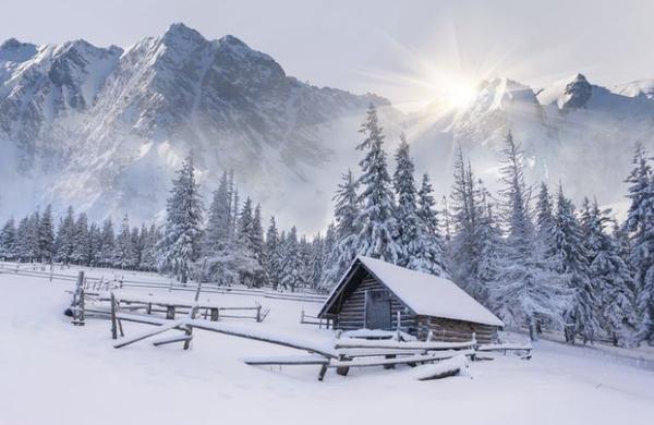 Bi letos radi silvestrovali v gorah? Preverite, kje je to mogoče