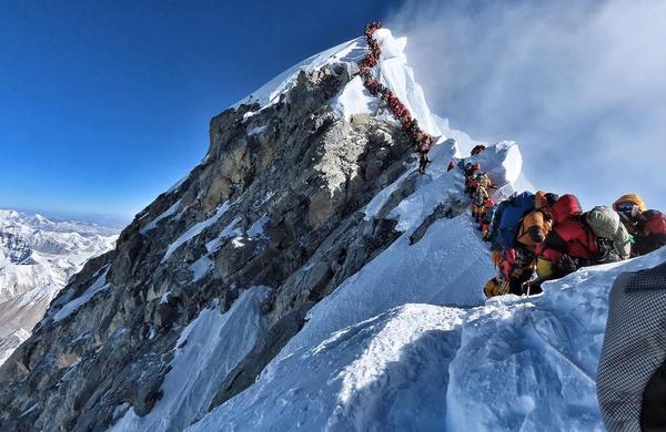 Everest: Alpinizem ali himalajski turizem?