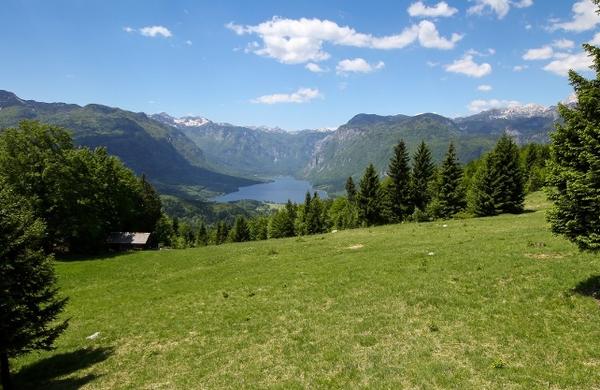 Nova slovenska pohodniška pot navdušuje že pred uradnim odprtjem