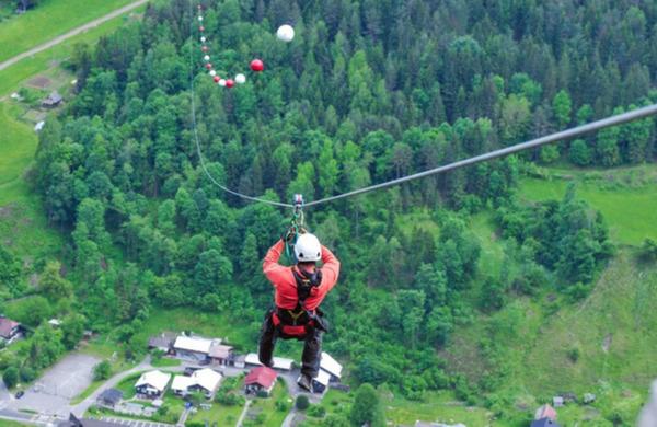 V Črni na Koroškem odprli najdaljšo jeklenico za spuste v Sloveniji