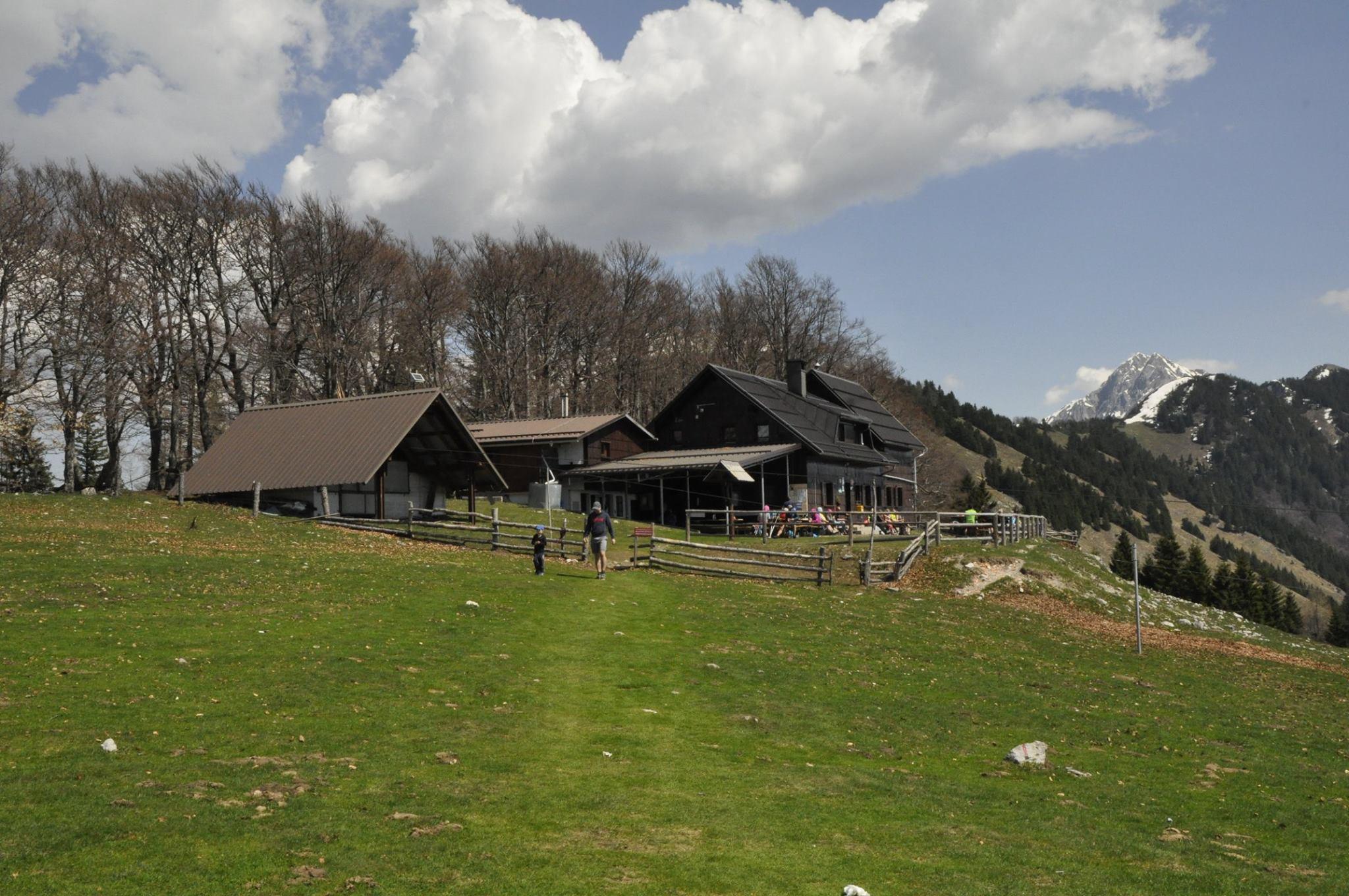 Koča na Kriški gori naj visokogorska in Mihov dom na Vršiču naj planinska koča 2020