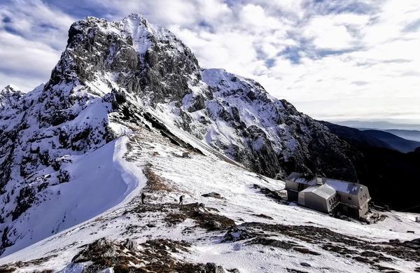 Slovenski planinci rešili letošnjo planinsko sezono