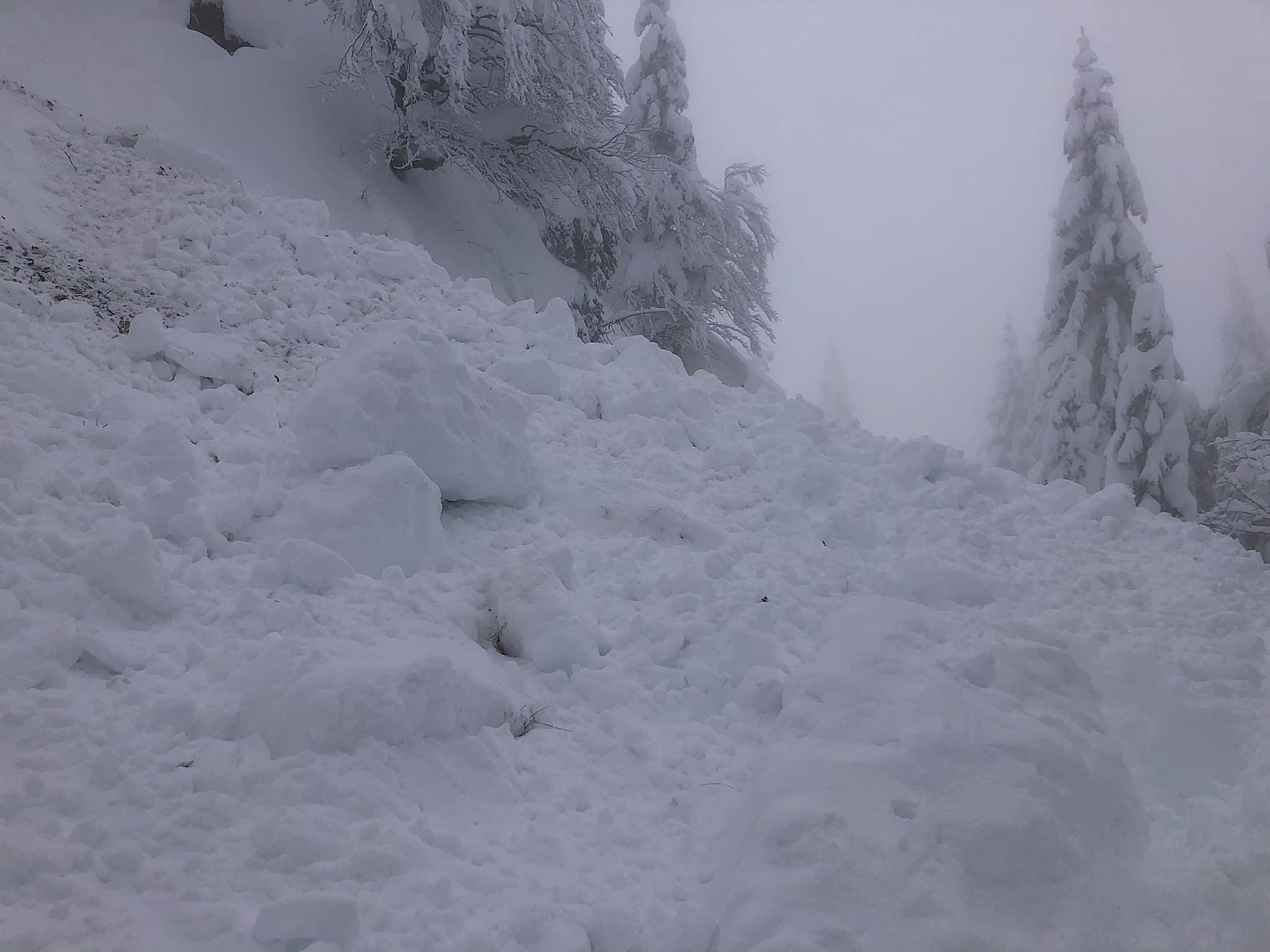 [VIDEO] V gorah morate biti pripravljeni tudi na snežni plaz