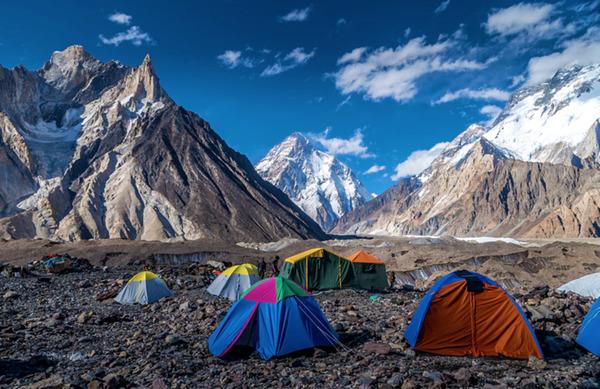 Prvi zimski vzpon na K2 uspel ekipi nepalskih šerp
